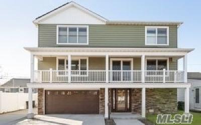 Long Beach Single Family Home For Sale: 61 Vinton St