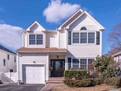 Glen Head Single Family Home For Sale: 24 Sylvia St