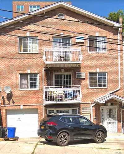 Jamaica Multi Family Home For Sale: 87-13 164th St