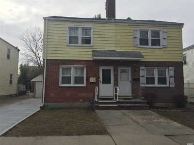 Fresh Meadows Single Family Home For Sale: 56-10 185 St