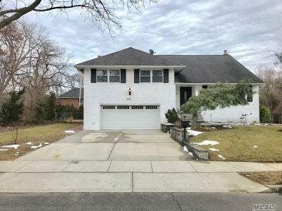 Single Family Home Sold: 633 Nelson Pl