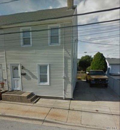 W. Hempstead Single Family Home For Sale: 6 Osborne Rd