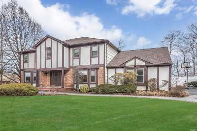 Muttontown Single Family Home For Sale: 60 Stirrup Ln