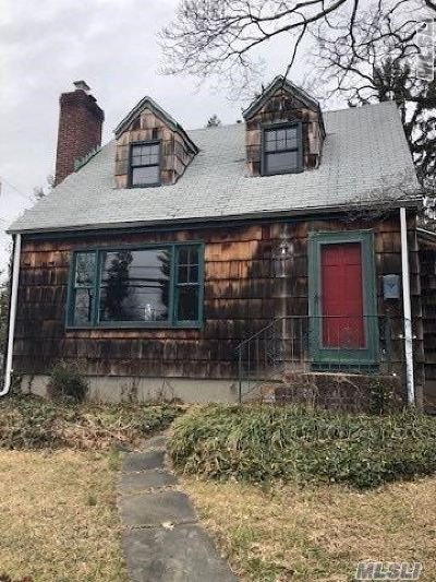 Glen Head Single Family Home For Sale: 40 Glenwood Rd
