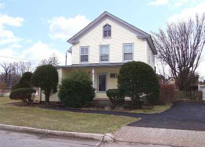Patchogue Single Family Home For Sale: 42 Pearl St