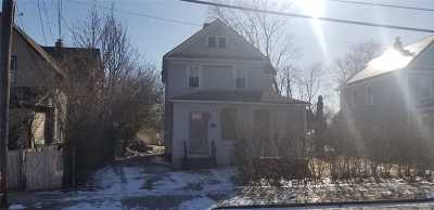 Roosevelt Single Family Home For Sale: 60 Lakewood Ave