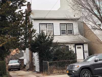 Flushing Multi Family Home For Sale: 42-20 162nd St