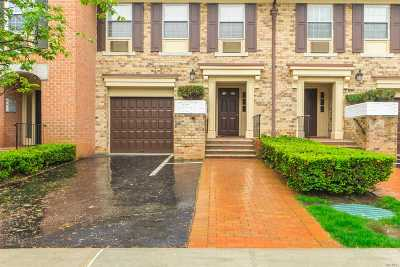 Queens Village, Briarwood, Bayside, Hillcrest, Jamaica Condo/Townhouse For Sale: 208-10 Estates Dr #Austin