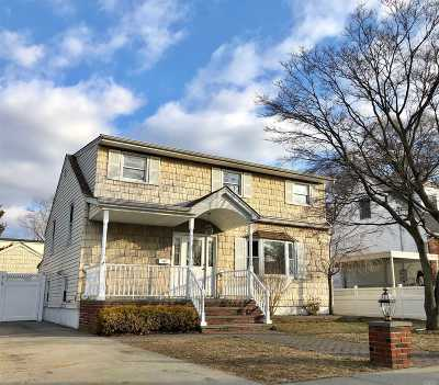 Bellmore Single Family Home For Sale: 2557 Martin Ave