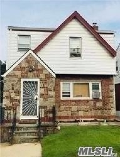 Fresh Meadows Single Family Home For Sale: 50-23 193rd St