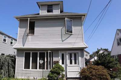 Floral Park Single Family Home For Sale: 25 Beechhurst Ave
