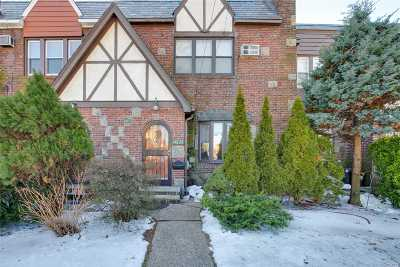 Whitestone NY Single Family Home For Sale: $949,000