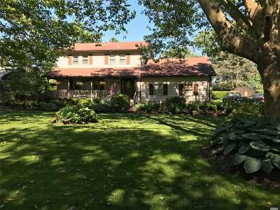 Mattituck Single Family Home For Sale: 410 Blossom Bnd