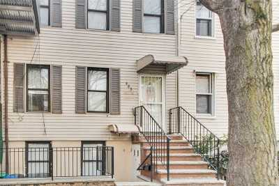 Brooklyn Multi Family Home For Sale: 483 Humboldt St