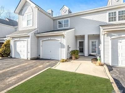 Port Jefferson Condo/Townhouse For Sale: 218 Windward Ct. N