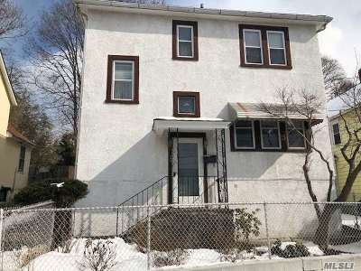 Oyster Bay Single Family Home For Sale: 23 Irving Ct