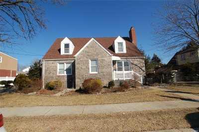New Hyde Park Multi Family Home For Sale: 1018 N 1st St