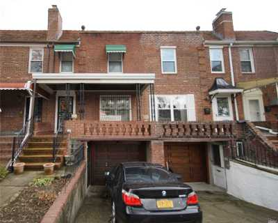 Flushing Single Family Home For Sale: 61-49 146th Pl