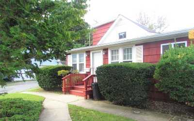N. Bellmore Single Family Home For Sale: 832 Taft St