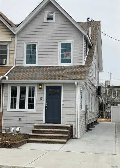 Brooklyn Single Family Home For Sale: 963 E 32nd Street