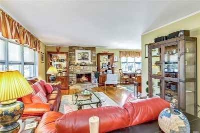 Port Jefferson Single Family Home For Sale: 58 Soundview Dr