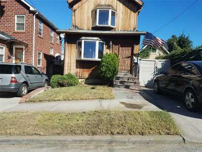 Whitestone NY Single Family Home For Sale: $880,000