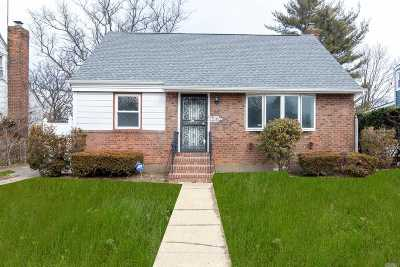 Uniondale Single Family Home For Sale: 763 Windsor Rd