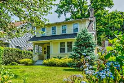 Oyster Bay Single Family Home For Sale: 179 School St