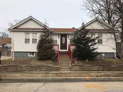Freeport Single Family Home For Sale: 67 E Milton St