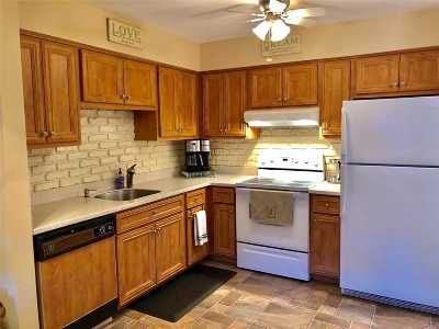 Holbrook Condo/Townhouse For Sale