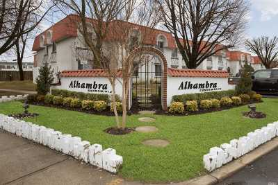 Oceanside Condo/Townhouse For Sale: 97 Alhambra Dr