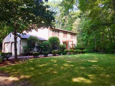 Melville Single Family Home For Sale: 99 Bagatelle Rd