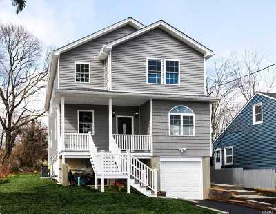 Huntington Sta Single Family Home For Sale: 33a Corlett Pl