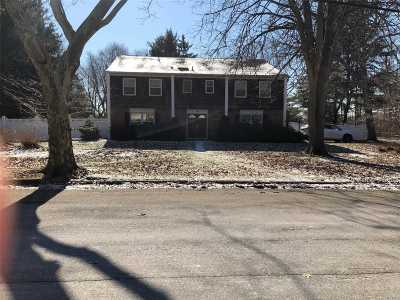Dix Hills Single Family Home For Sale: 56 Arbor Ln