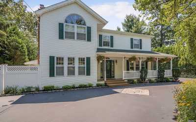 Smithtown Single Family Home For Sale: 92 Brooksite Dr