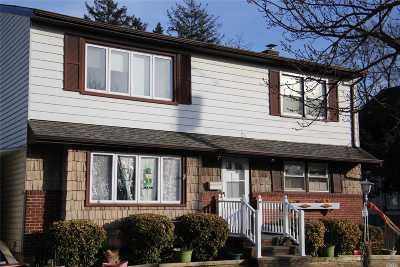 Farmingdale Multi Family Home For Sale: 261 Oakview Ave