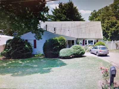 Holbrook Single Family Home For Sale: 26 Avenue D