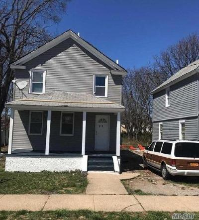 Hempstead Single Family Home For Sale: 37 Linden Ave