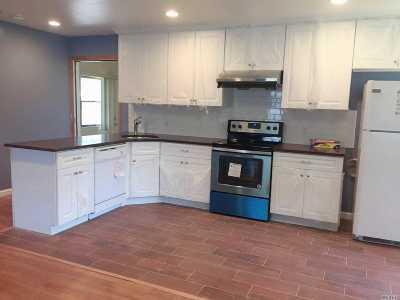 Stony Brook Single Family Home For Sale: 269 Hallock Rd