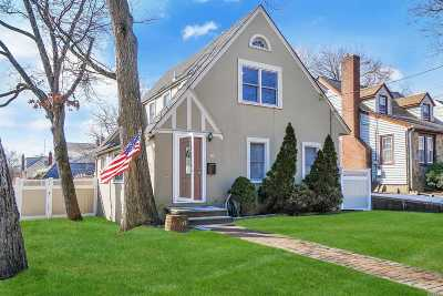Baldwin Single Family Home For Sale: 33 Baldwin Ave