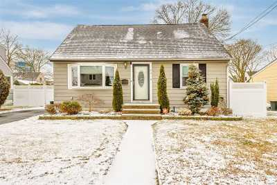 East Meadow Single Family Home For Sale: 2210 6th St