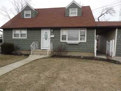 W. Babylon Single Family Home For Sale: 203 Ecker Ave