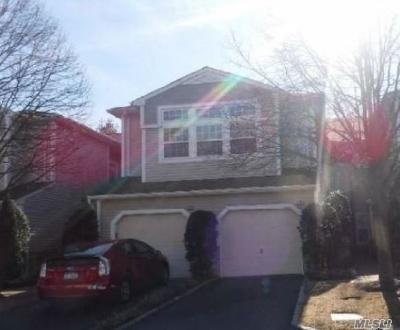 Plainview Condo/Townhouse For Sale: 74 Sagamore Dr #72B