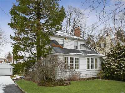 Douglaston Single Family Home For Sale: 329 Warwick Ave
