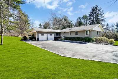 Huntington Sta Single Family Home For Sale: 282 Pidgeon Hill Rd