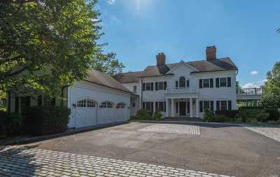 Old Westbury Single Family Home For Sale: 2 Old Wagon Ln