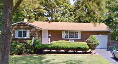 Ronkonkoma Single Family Home For Sale: 2229 Walnut Ave