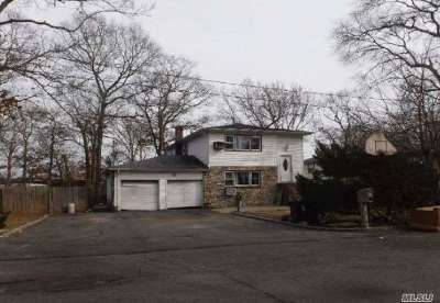 Medford Single Family Home For Sale: 27 Euclid Ave