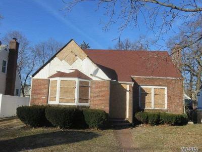 Freeport Single Family Home For Sale: 299 Rutland Rd
