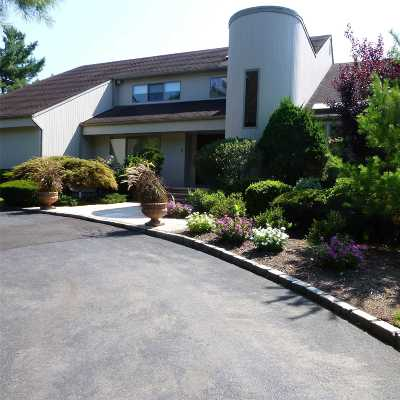 Woodbury Single Family Home For Sale: 6 Polo Ct